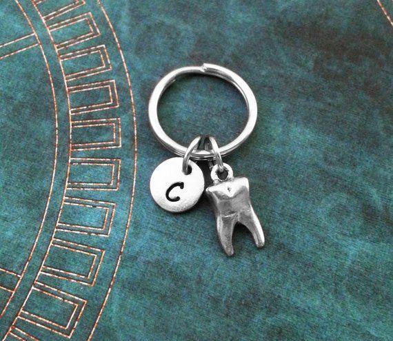 Zahn Schlüsselanhänger sehr kleine Weisheitszahn Schlüsselanhänger personalisierte Zahnhygiene Geschenk …   – Misc
