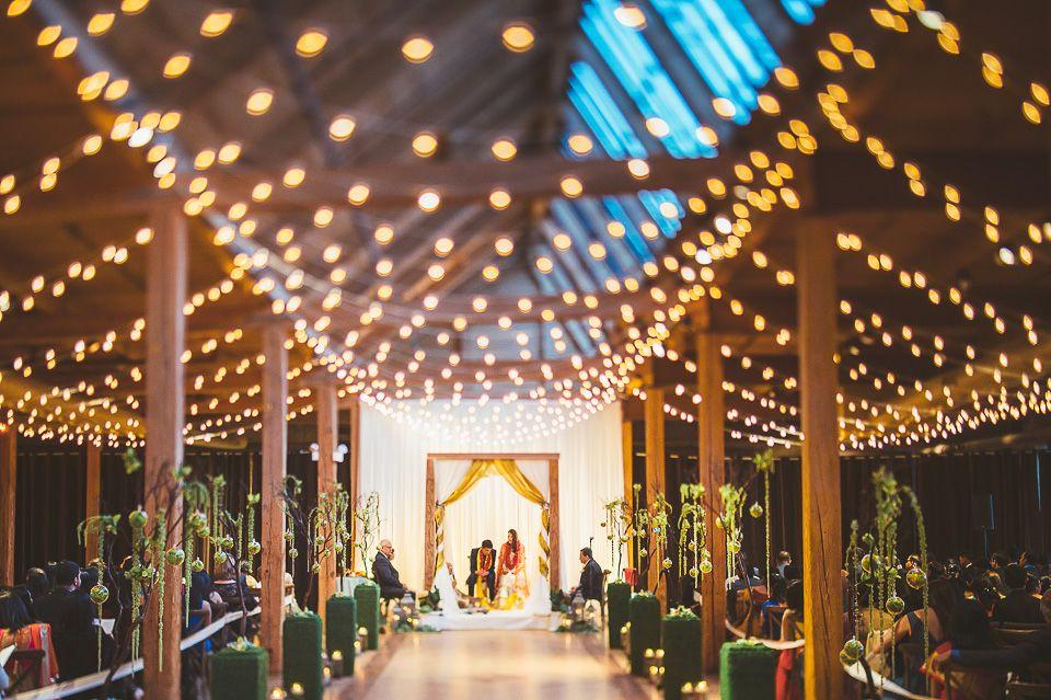 Bridgeport Art Center Skyline Loft Chicago Wedding Venues Wedding Venue Chicago Suburbs Chicago Wedding