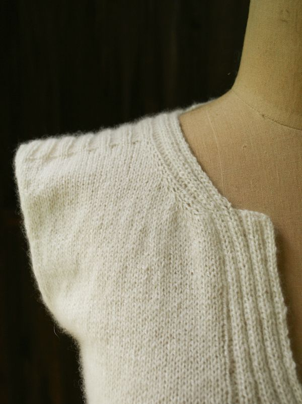 Laura\'s Loop: Cable Back Shell - The Purl Bee - Knitting Crochet ...