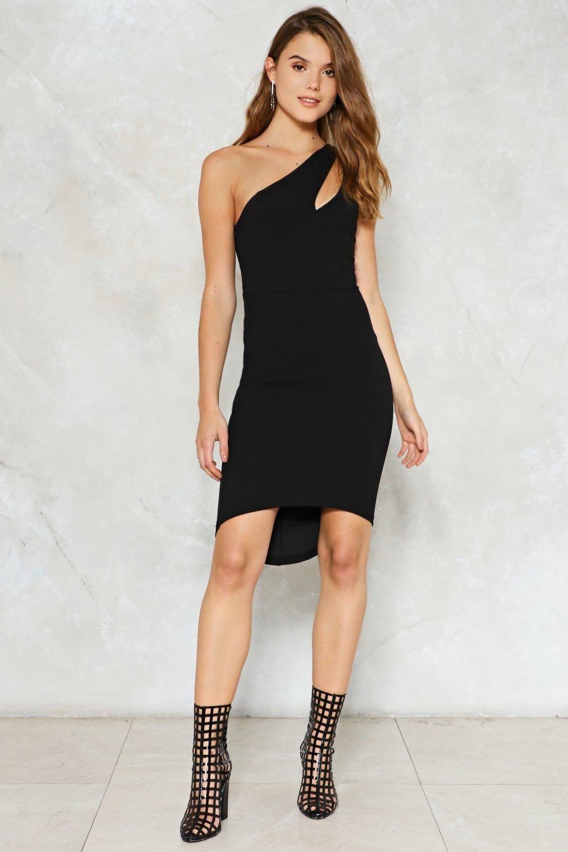 Omzu Acik Elbiseye Sac Modelleri The Dress Elbise Tasarimci Giyim