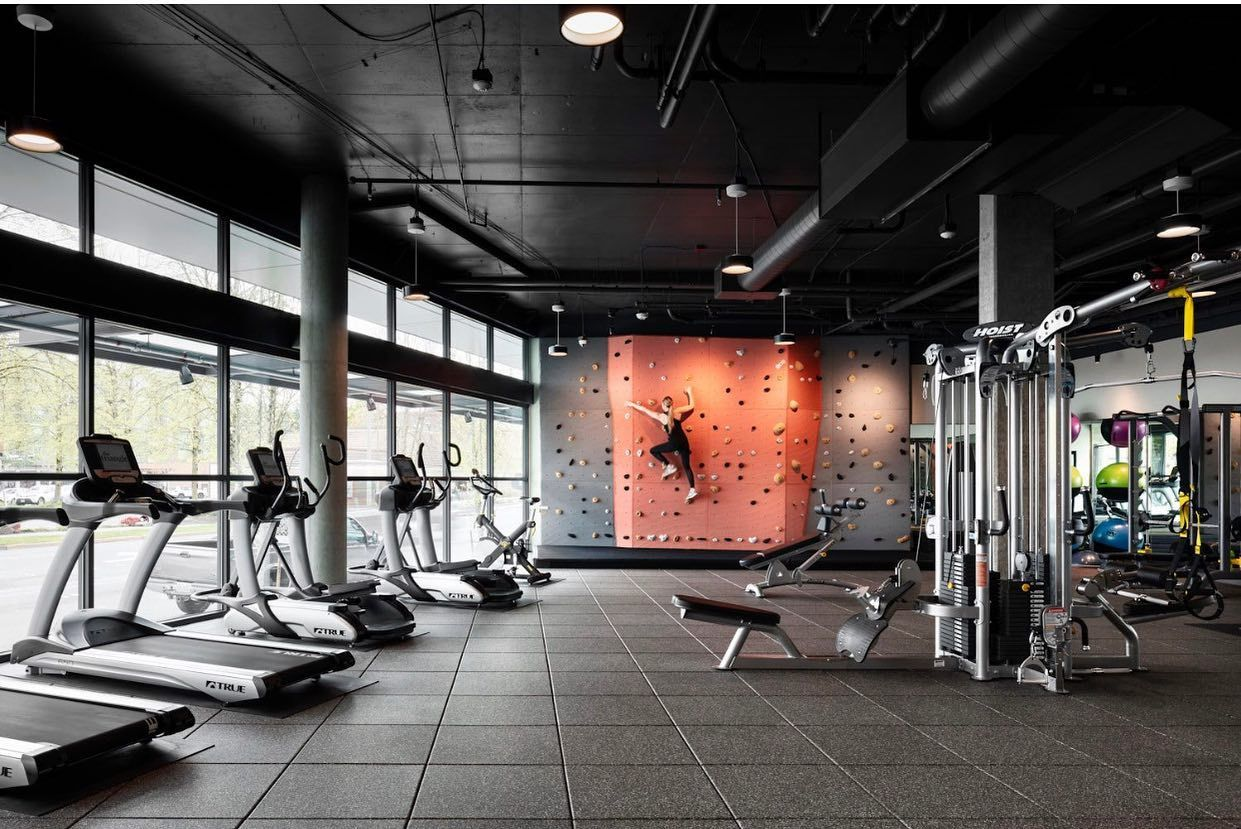 Pin By Tomislav Lozic On Industrial In 2021 Seattle Architecture Gym Design Architecture