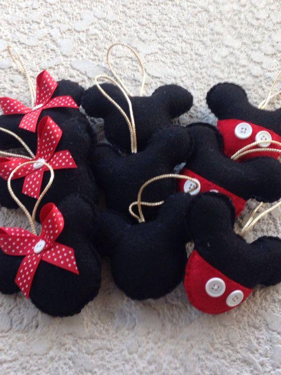 Mickey mouse fieltro adorno merry christmas por for Adornos navidenos mickey mouse