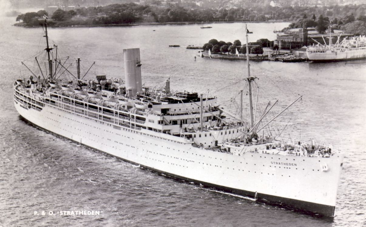 """One of P & O's finest liners - the beautiful """"Stratheden"""" of  1937.   Perfection in medium size liner design."""