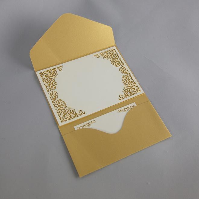 Un faire-part de mariage Pochette avec cartons Liberty et Dorure Or