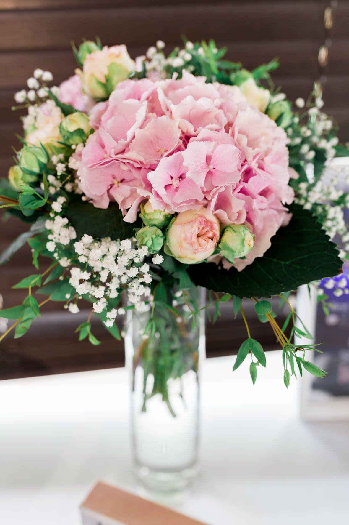 petit bouquet pour les demoiselles d'honneurs mariage de j&t à