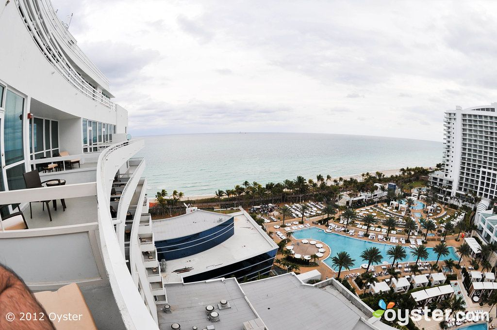 Fontainebleau Review What To REALLY Expect If You Stay