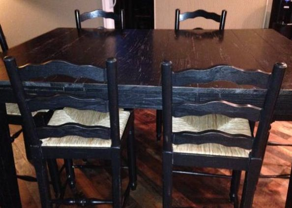 Broyhill Attic Heirloom Dining Table With Ladderback Chairs With