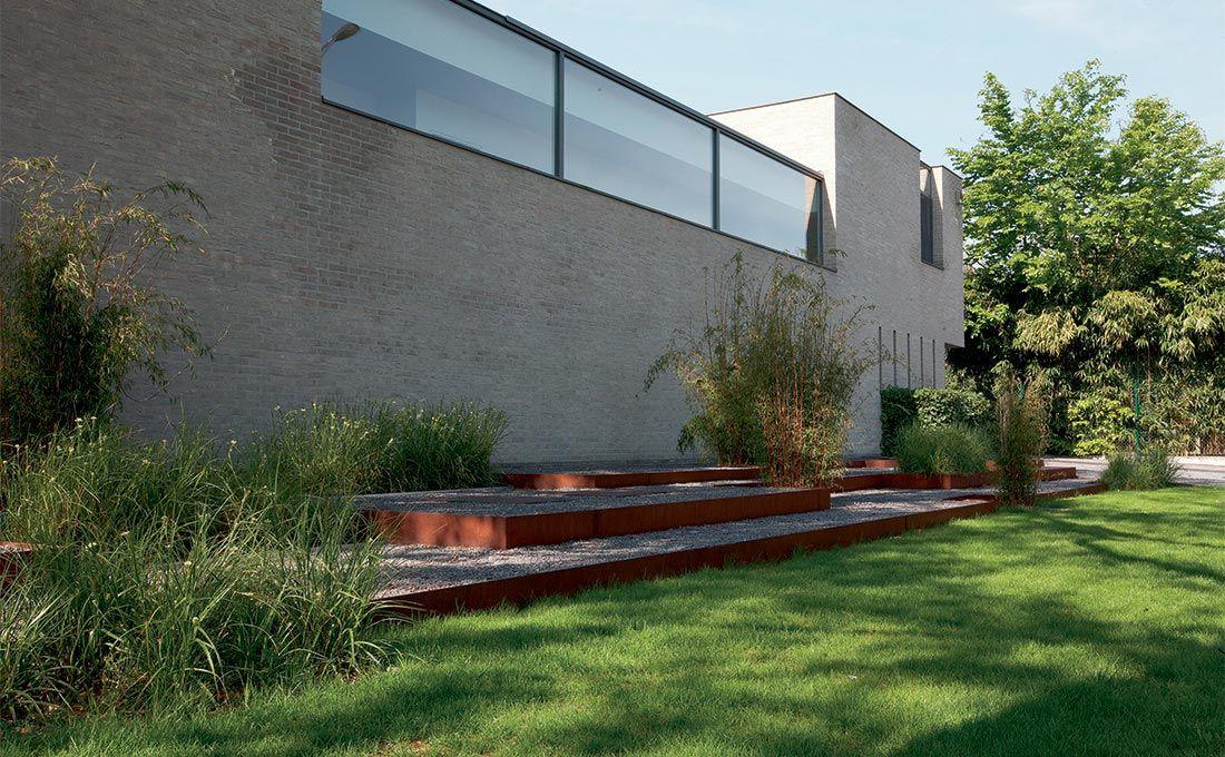 Strakke moderne tuinen u tuinarchitect modern strak
