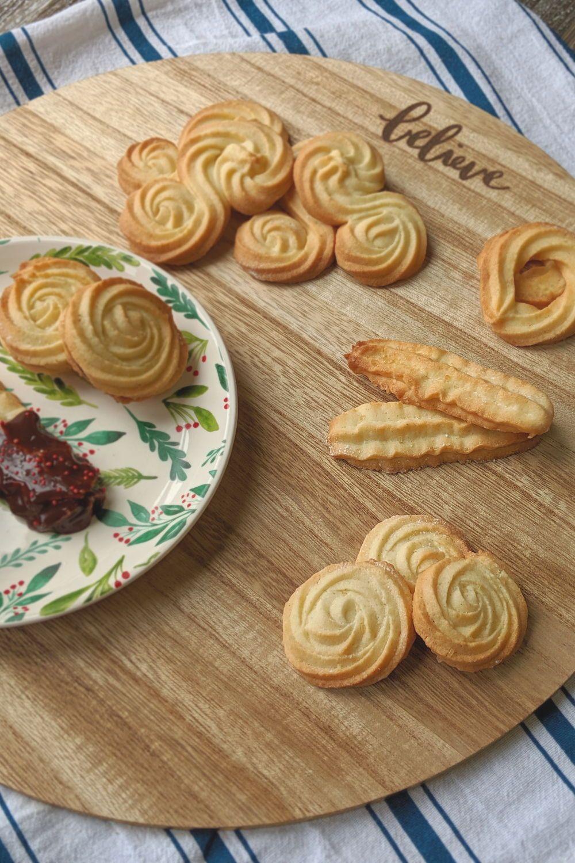 Scandinavian Baking Strassburger Cookies Bakes And Blunders Recipe Butter Cookie Recipe Easy Danish Butter Cookies Cookies Ingredients