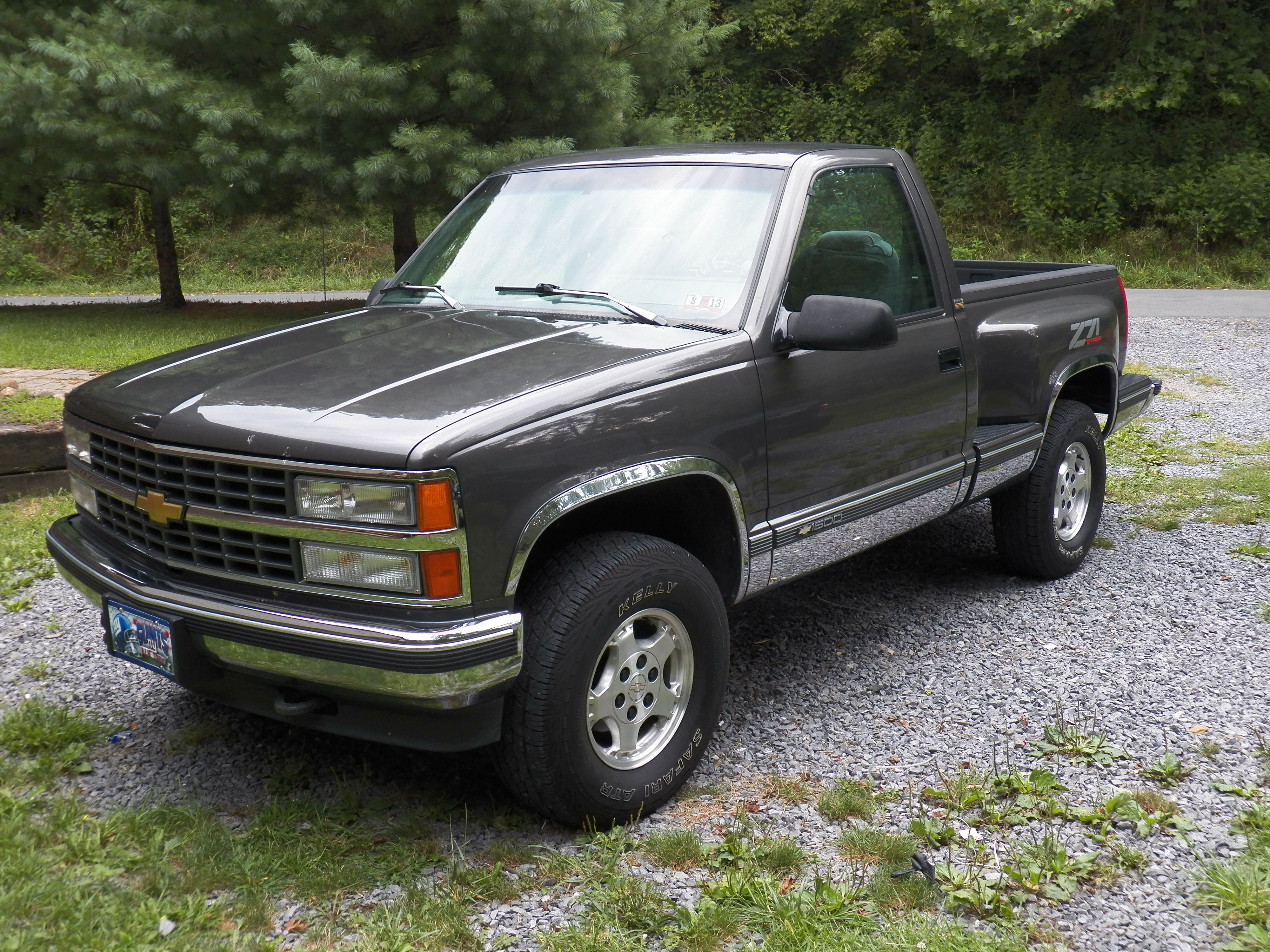 My Pretty Baby 1994 Chevy Stepside Truck 350 Z71 Gunmetal Grey I Ve Wanted One Of These Since Was A Bought This About 3 Weeks Ago