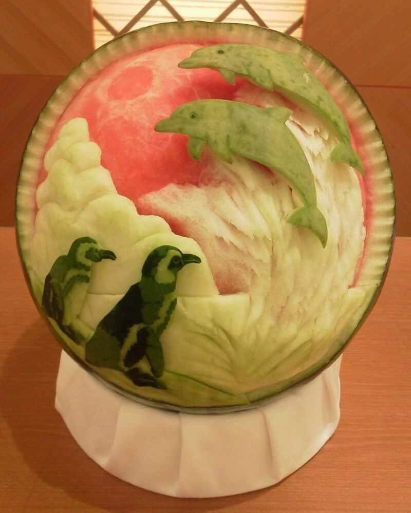 Carved Watermelons Make Fresh Art Penguins Watermelon Carving - Incredible sculptures carved watermelon