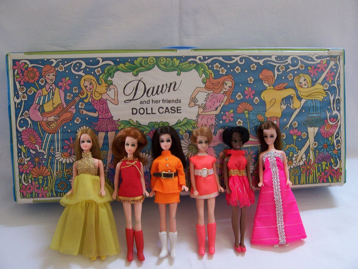 Image Detail For Vintage 1970s Topper Corp Dawn Doll Large Vinyl Case And Six Dolls