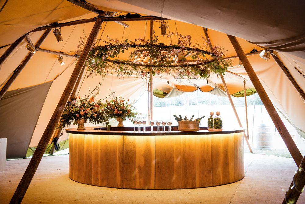 Planning Amp Organising A Tent Wedding Tent Wedding Round