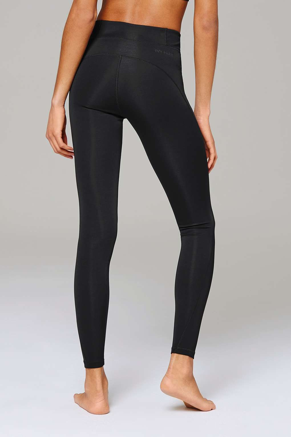 90a6e9506119f4 Carousel Image 4 Ivy Park Clothing, Fashion Trends, Womens Fashion, Yoga  Pants,