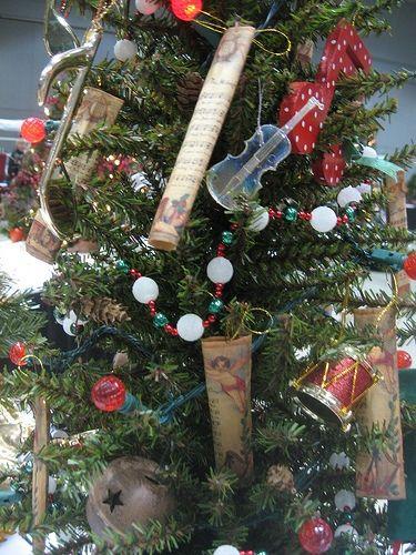 Christmas ornaments musical theme : Musical music christmas tree theme all things