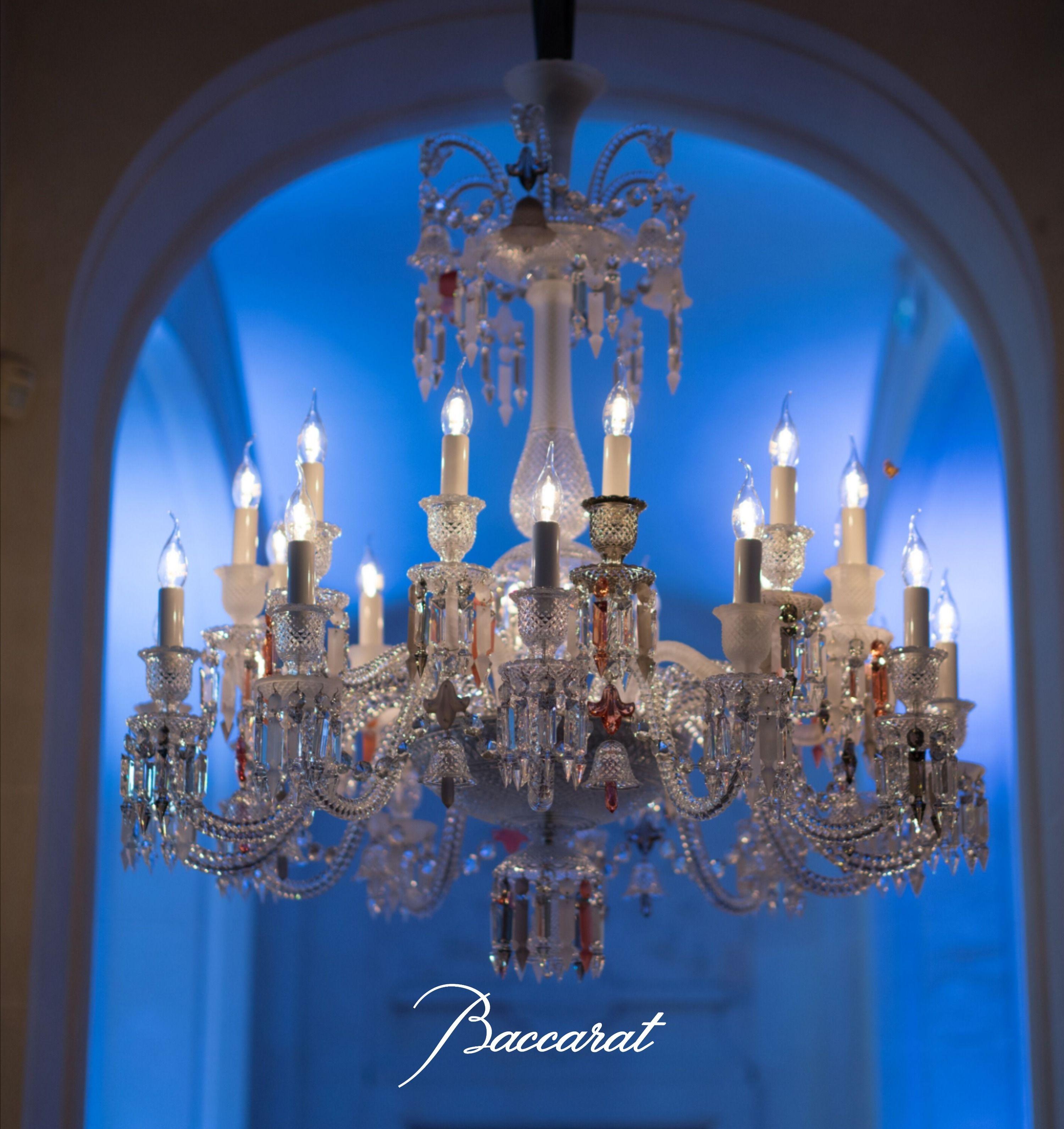 Zenith Flou Je Te Vois Flou In 2020 Chandelier Design Modern Chandelier Design Beautiful Lighting