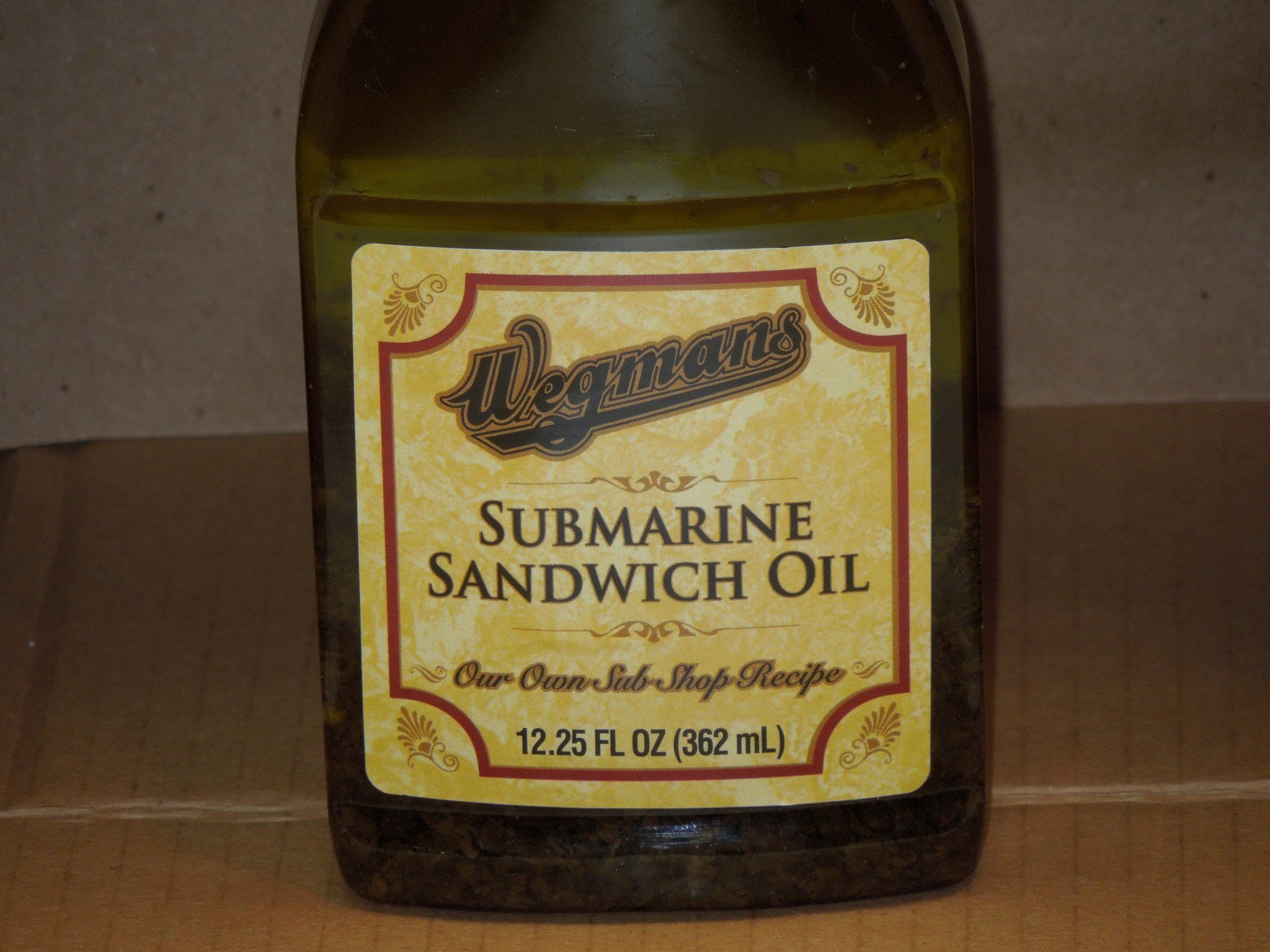 Wegmans Submarine Sandwich Oil (12oz) Plastic Sub