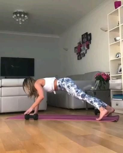 Core Workout | Listen Exclusive Fitness workout program! Sign-up for free today�