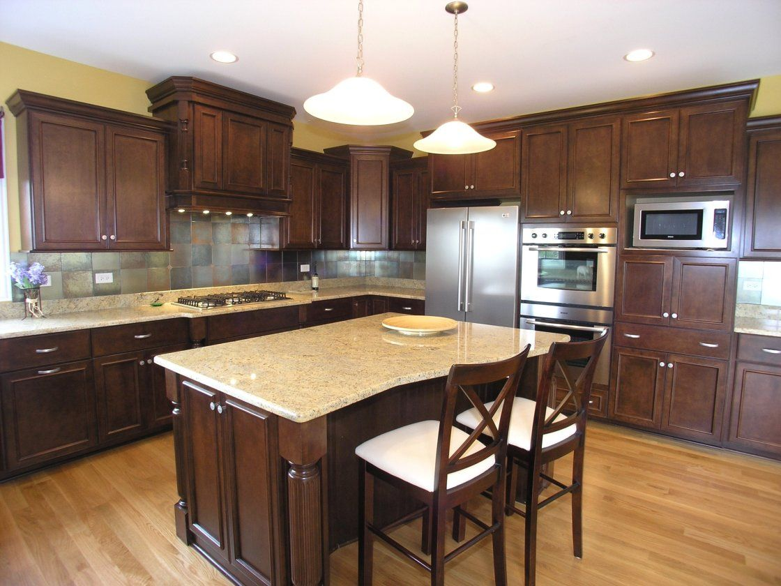 what color floor is best with medium oak colored cabinets ... on Maple Kitchen Cabinets With Dark Wood Floors Dark Countertops  id=33435
