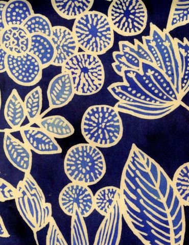 luli sanchez folk art flowers - paint background, foam plate prints - create 4 each child ( leaf, flower , side flower view and circle with dots) print with lighter blue than background. cut out and collage.