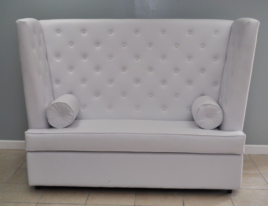 White Color Vinyl High Back Tufted Couch For 2 Seat With
