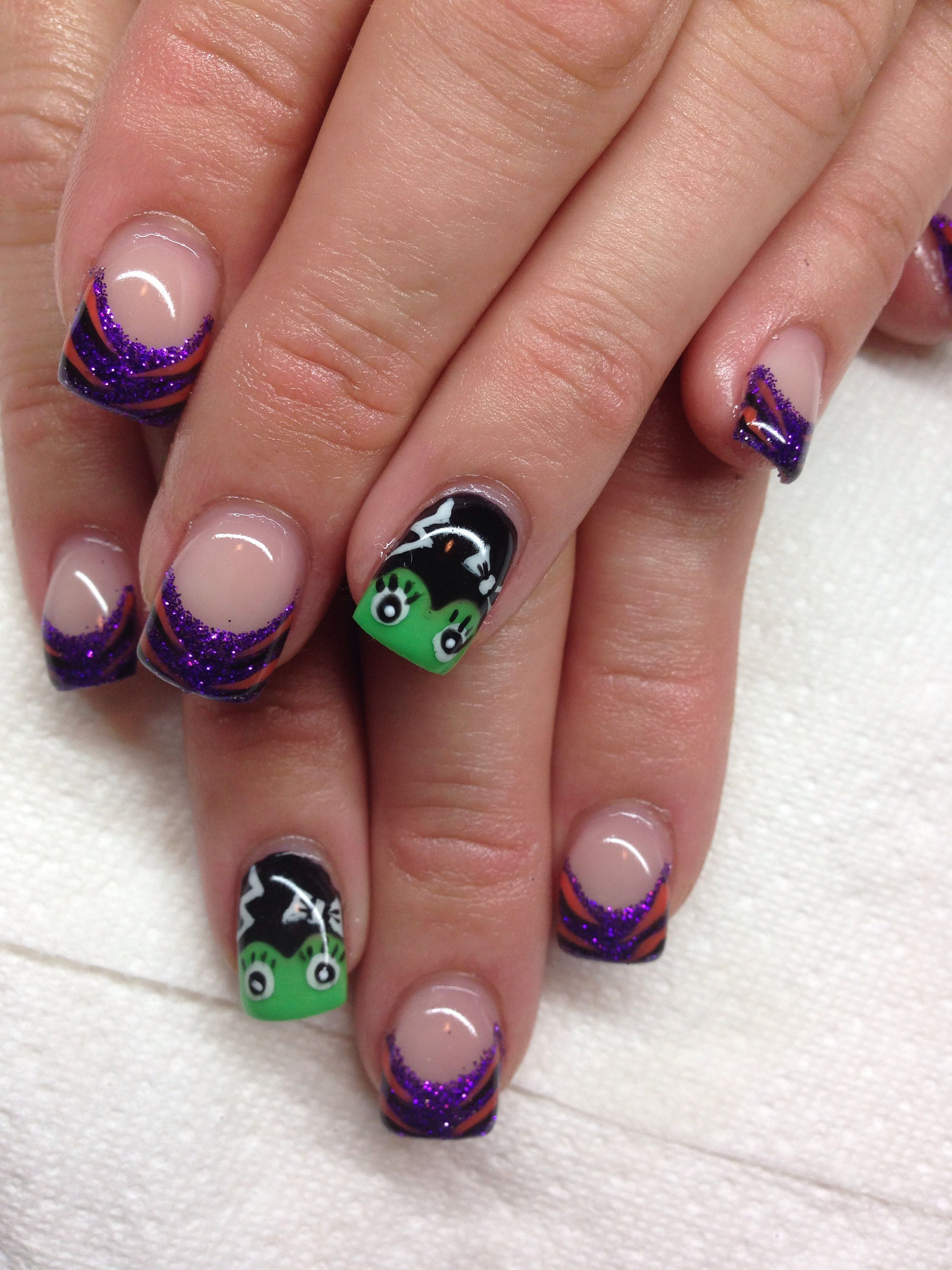 Gel nails for Halloween with hand drawn design using gel By Melissa Fox