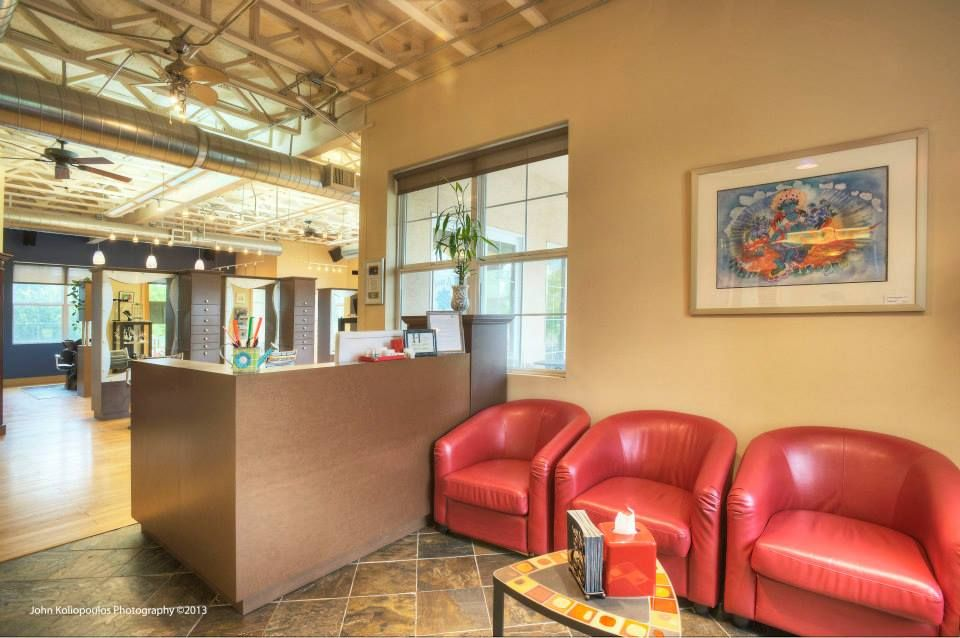 receptionist desk www.thesalontao.com