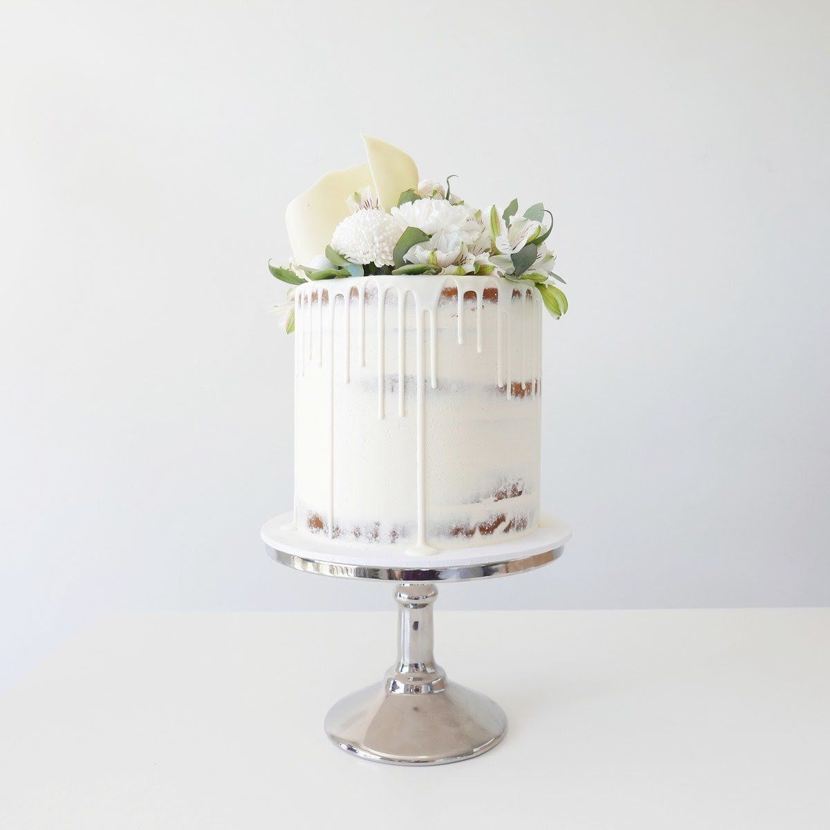 Lemon Elderflower Cake Copycat Royal Wedding Cake: These One-Tier Wedding Cakes Are Legit Works Of Art (With