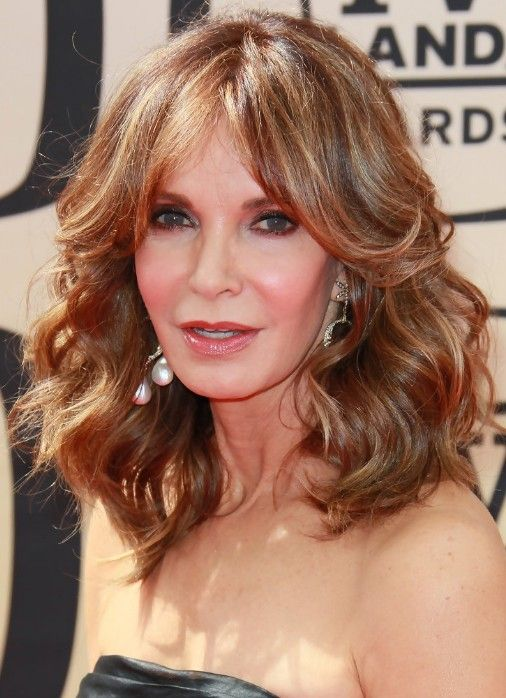 Wavy Hairstyles for Women Over Age 50 | Medium hair styles, Long ...