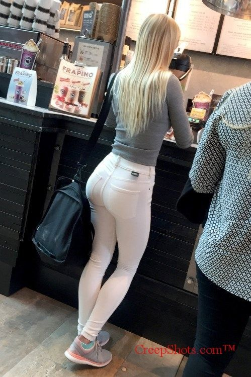 sexy ass in tight pants