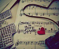 musica ♪♫<3.....La música es el corazón de la vida. Por ella habla el amor; sin ella no hay bien posible y con ella todo es hermoso. Franz Liszt
