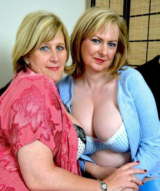 Hot matture lesbians