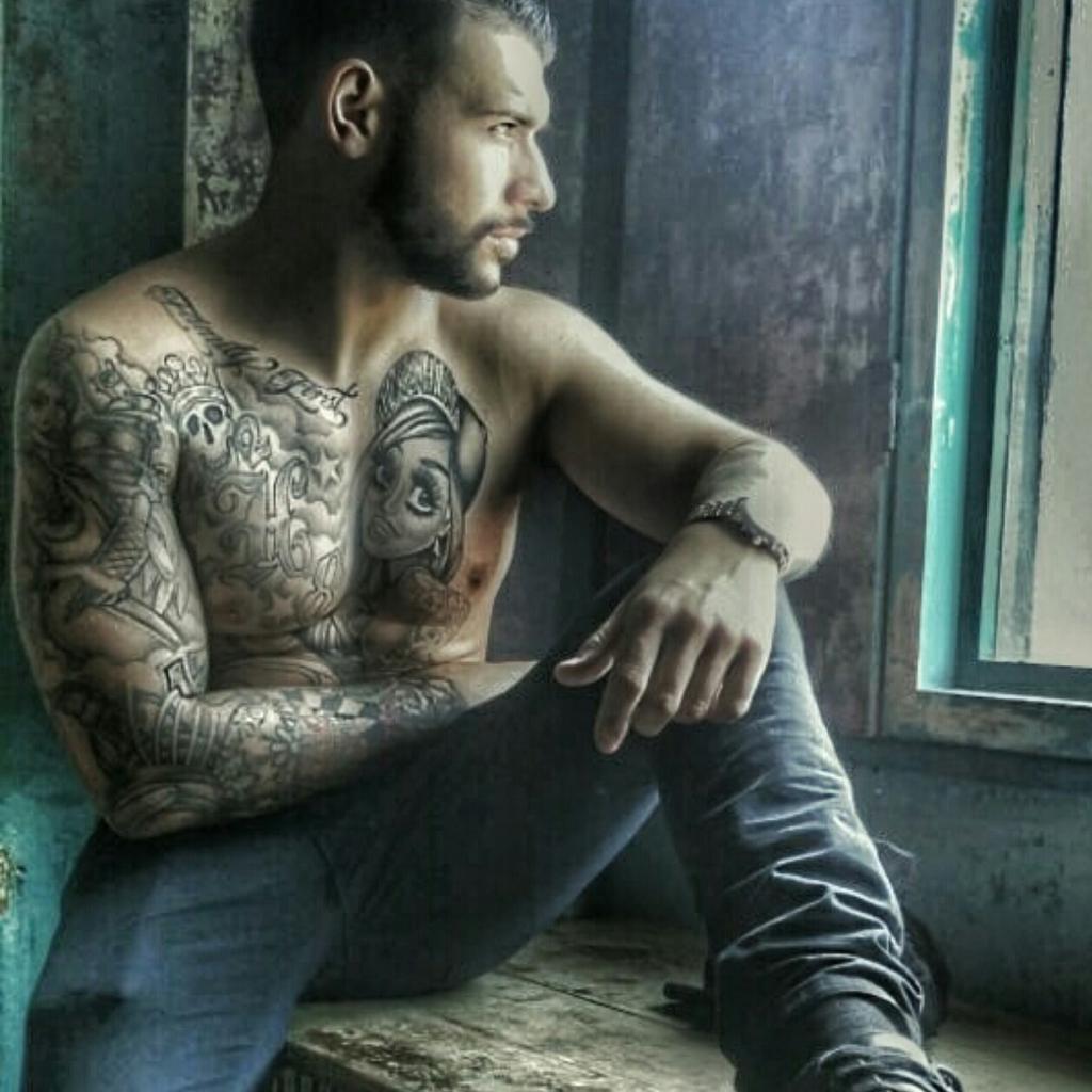 Jay Hutton on | Tattoo fixers, Jay and Photos