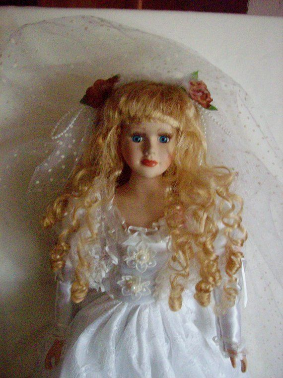 Bride Doll-porcelain Bride doll, vintage 25 inches high, BEST OFFER, #BD122 #bridedolls