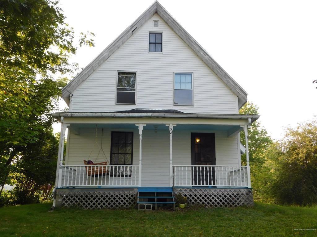 c.1850 Fixer Upper Farmhouse on 1.6 Acres in Pembroke