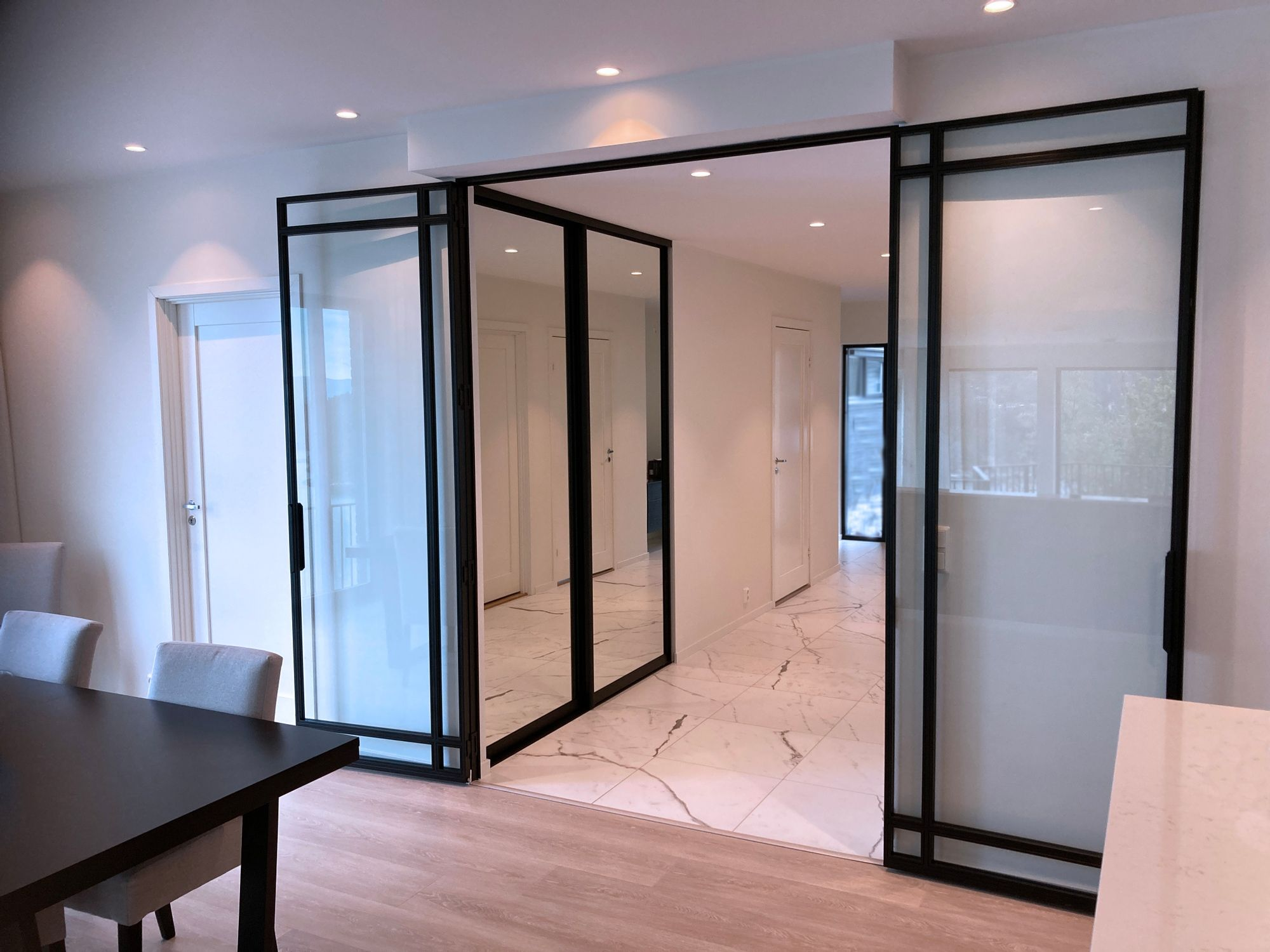 180 degree opening double doors, for optimal functionality a…