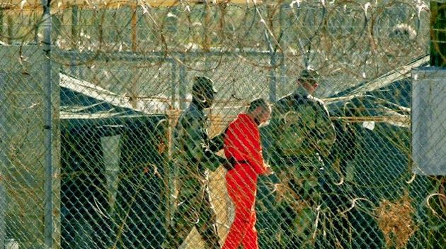 """Guantánamo é pouco para infratores da Lava Jato Amorim lê carta de advogado dos presos da Operação Lava Jato """"Um advogado"""" faz denúncia que o C Af encaminha ao Ministro da Justiça, à PGR e ao Conselho Nacional de Justiça – Leia no Sem medo da verdade - http://amorimsanguenovo.blogspot.com.br/2015/02/guantanamo-e-pouco-para-infratores-da.html"""