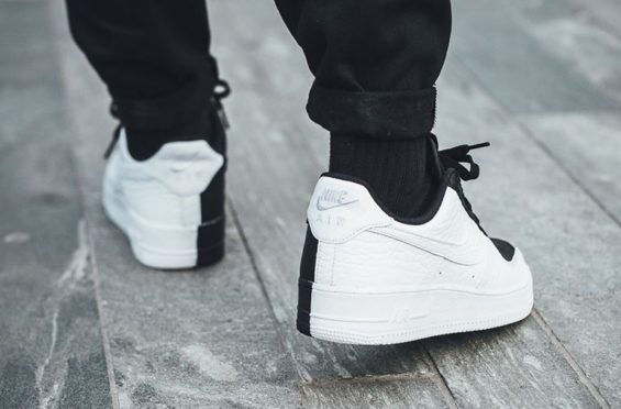 96b56dcce94 Now Available  Nike Air Force 1 Low Split Black White