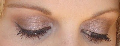 MAC – satin taupe all over, woodwinked in the crease