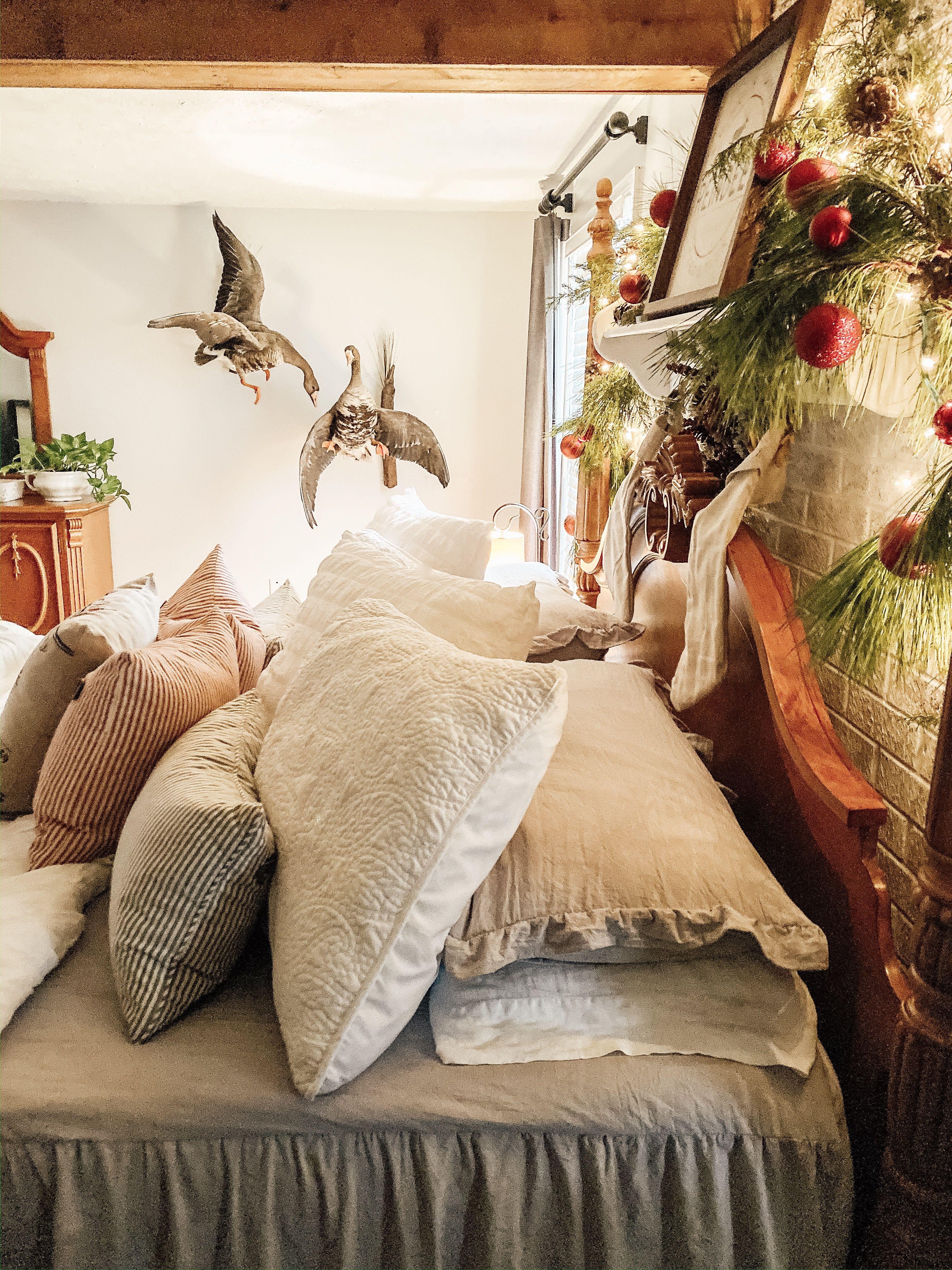 Farmhouse bedroom decor, ruffle bedspread, white duvet
