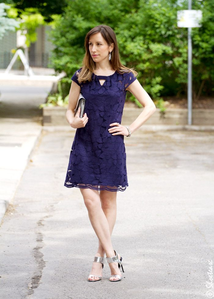 What Color Shoes With Navy Dress Question Answered Clothing My