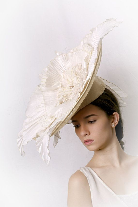 Statement Wedding hat Gorgeous Cream hat couture bridal hat 25827547afdb