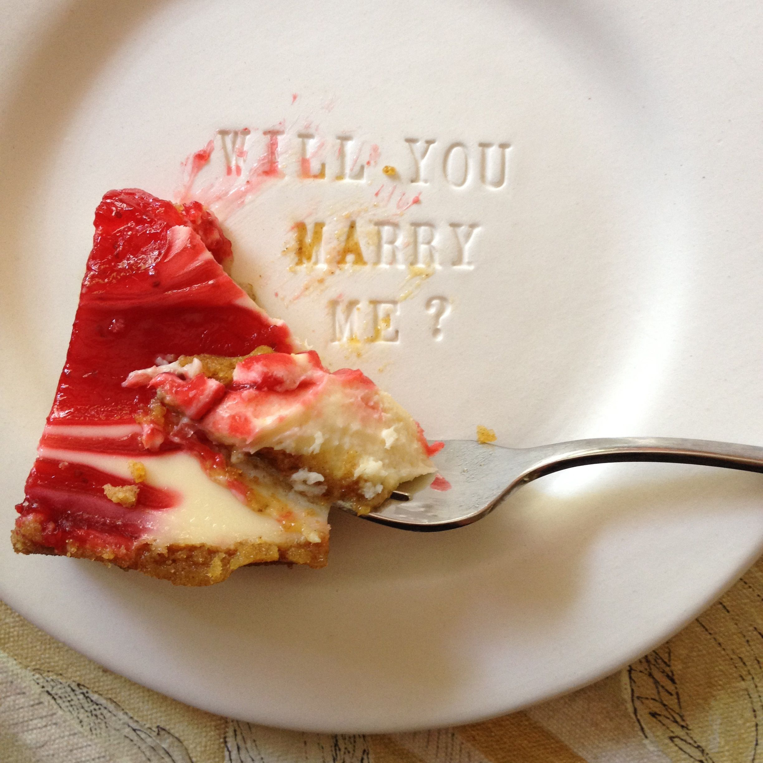 Favor Ideas Surprise Plate With Custom Message Would Be Such A Cute Way To Propose