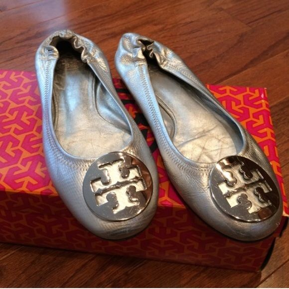 Silver Tory Burch Flats Size 6 Silver Tory Burch Flats. Size 6. Gently used. In excellent condition. Tory Burch Shoes Flats & Loafers