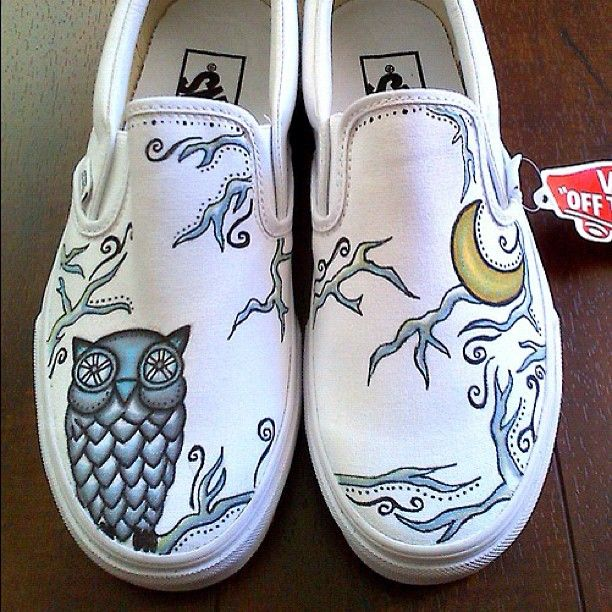 youknowyoureartsywhen | Owl Shoes #customshoes #customvans