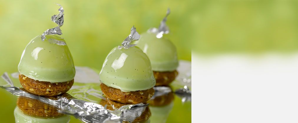 Canapes sucres food table gourmandises pinterest for Edible canape spoons