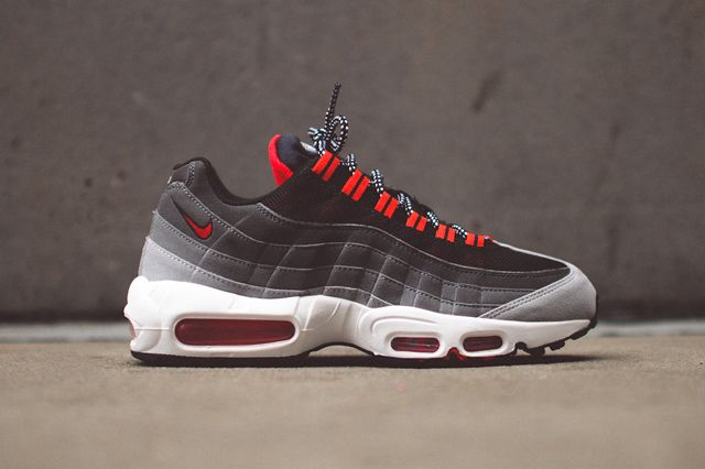 99d567bbcf nike-air-max-95-chilling-red-bump-2 | Shoes❤ in 2019 | Nike Air ...