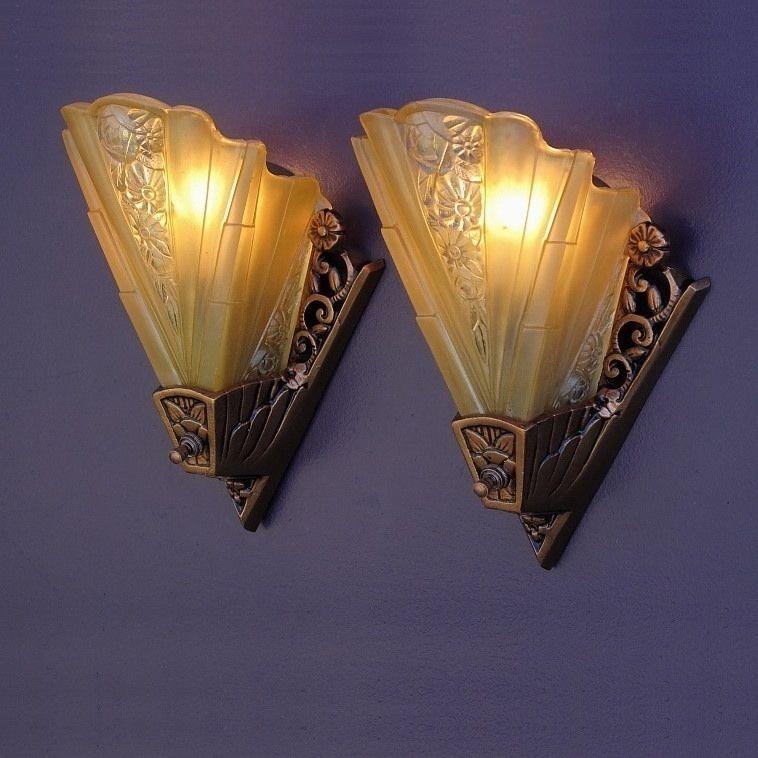 Vintage Art Deco Wall Sconces By Lightolier Vintagelights Com Art Deco Living Room Art Deco Lamps Art Deco Home