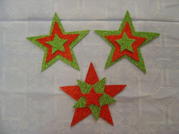 Visita el post para encontrar tips para llenar de adornos - Manualidades navidad goma eva ...