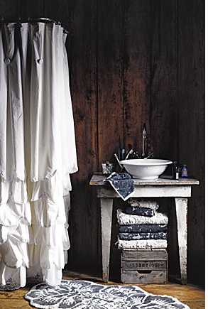 LOVE this for the bathroom! Love the shower curtin!